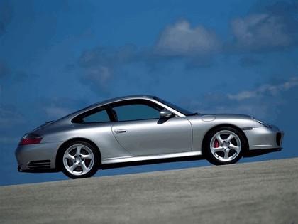 2002 Porsche 911 Carrera 4S 18