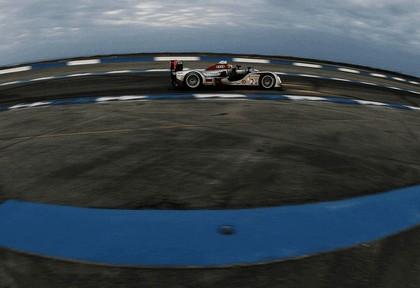 2009 Audi R15 TDi ( ALMS - 12 hours of Sebring - wins debut ) 7