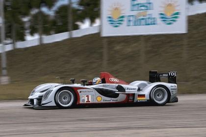 2009 Audi R15 TDi ( ALMS - 12 hours of Sebring - wins debut ) 11