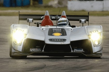 2009 Audi R15 TDi ( ALMS - 12 hours of Sebring - wins debut ) 16
