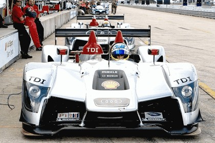 2009 Audi R15 TDi ( ALMS - 12 hours of Sebring - wins debut ) 23