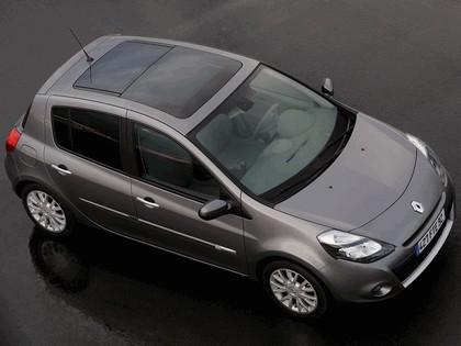 2009 Renault Clio 5-door 5