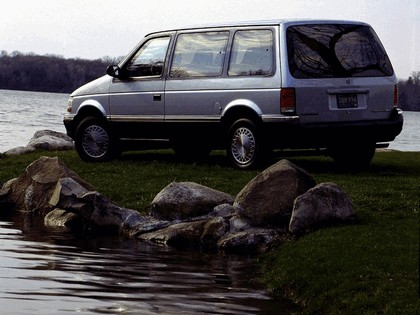 1991 Plymouth Voyager 3