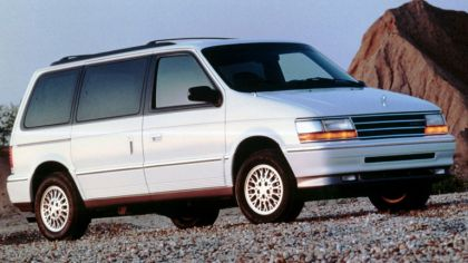 1991 Plymouth Voyager 9