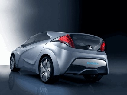 2009 Hyundai Blue-Will concept 2