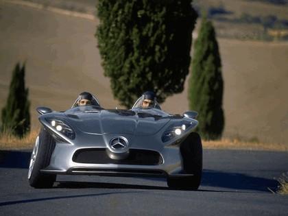 2001 Mercedes-Benz F400 Carving concept 1