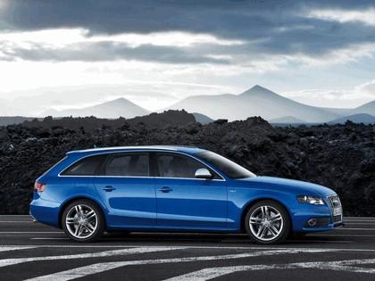 2009 Audi S4 Avant 10