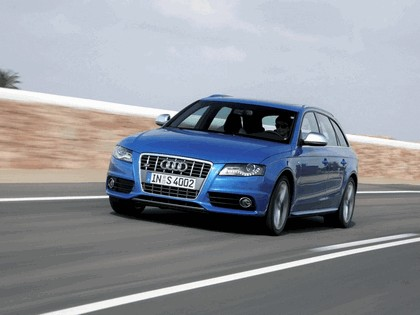 2009 Audi S4 Avant 11