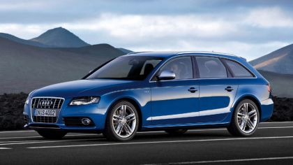 2009 Audi S4 Avant 3