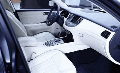 2009 Hyundai Genesis Prada 2