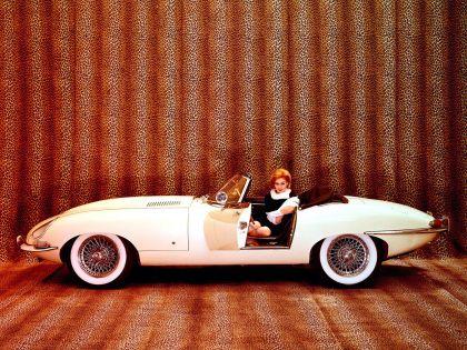 1961 Jaguar E-Type s1 roadster 4