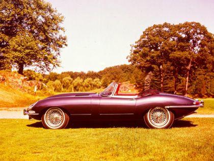 1961 Jaguar E-Type s1 roadster 13