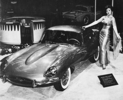 1961 Jaguar E-Type s1 roadster 18