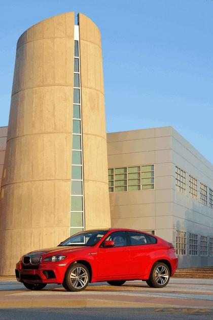 2009 BMW X6 M 8