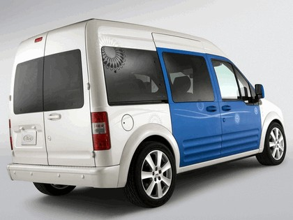 2009 Ford Transit Connect Family One concept 7