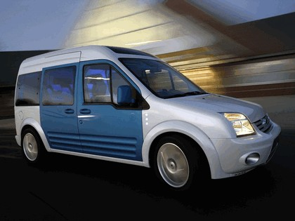 2009 Ford Transit Connect Family One concept 11