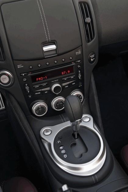 2010 Nissan 370Z roadster 16
