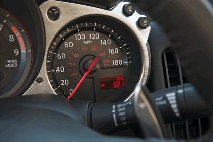 2010 Nissan 370Z roadster 19