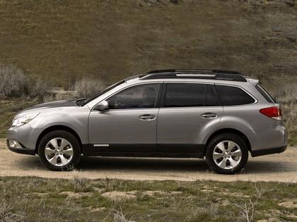 2009 Subaru Outback 3.6R 10