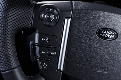 2010 Land Rover Discovery 4 25