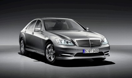 2009 Mercedes-Benz S-klasse with AMG Sports package 1