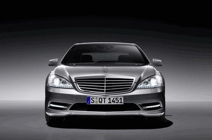 2009 Mercedes-Benz S-klasse with AMG Sports package 4