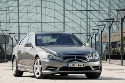 2009 Mercedes-Benz S-klasse with AMG Sports package 9