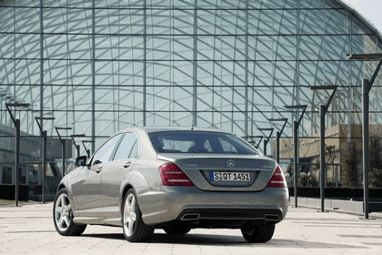 2009 Mercedes-Benz S-klasse with AMG Sports package 10