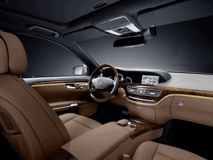 2009 Mercedes-Benz S-klasse with AMG Sports package 16