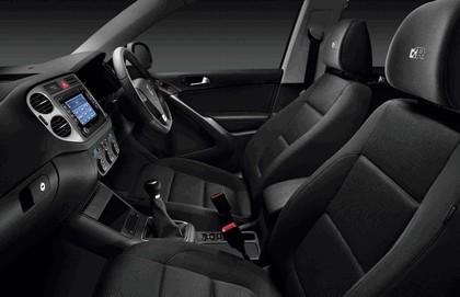 2009 Volkswagen Tiguan R line 3