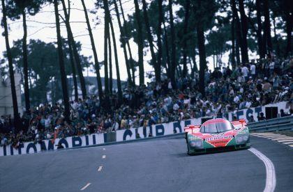 1991 Mazda 787B ( LeMans winner ) 106