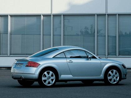 2003 Audi TT coupé quattro 11