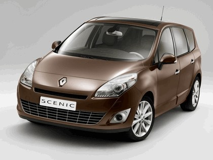 2009 Renault Grand Scenic 1
