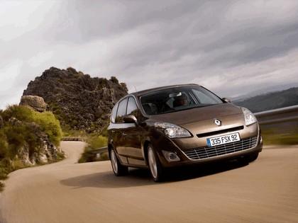 2009 Renault Grand Scenic 12