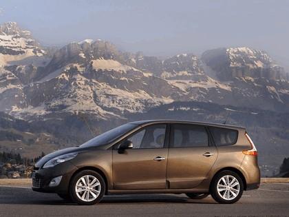 2009 Renault Grand Scenic 17