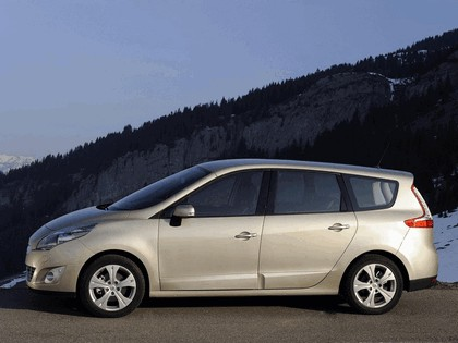 2009 Renault Grand Scenic 38