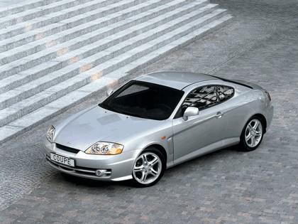 2002 Hyundai Coupe 1