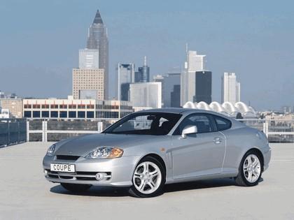2002 Hyundai Coupe 2