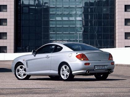 2002 Hyundai Coupe 8
