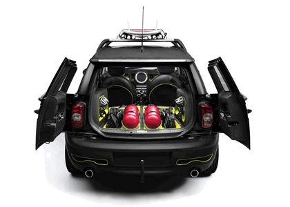 2009 Mini Clubman and Airstrem concept 10