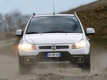 2009 Fiat Sedici 14