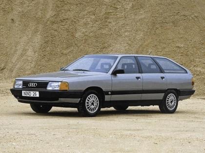 1982 Audi 100 Avant 1