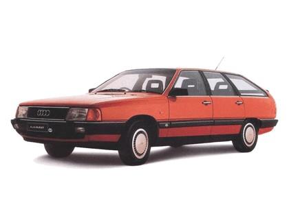 1982 Audi 100 Avant 2