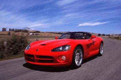 2003 Dodge Viper SRT-10 23