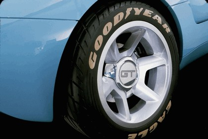 2003 Ford GT concept 6