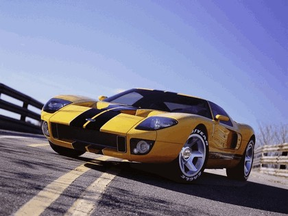 2003 Ford GT concept 22
