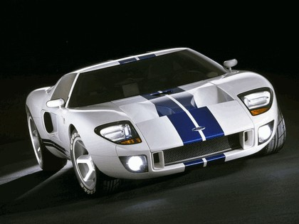 2003 Ford GT concept 27