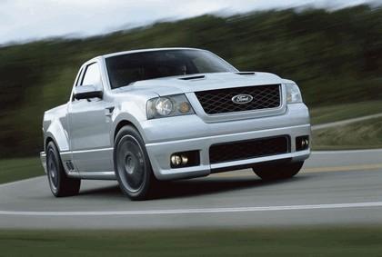 2003 Ford SVT Lightning concept 4