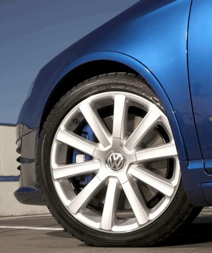 2008 Volkswagen Passat R36 - UK version 13