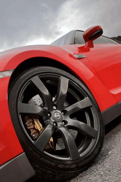 2009 Nissan GT-R R35 17